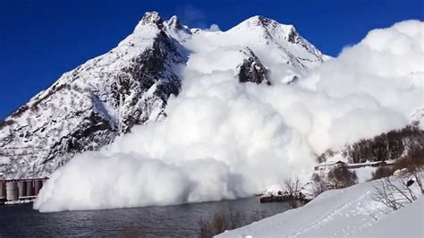 NEWS: Worldwide Avalanche Fatalities Up 40% for 2014/2015