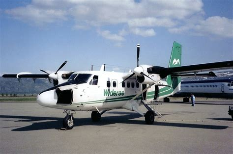 DHC-6 Twin Otter Photos - Widerøes