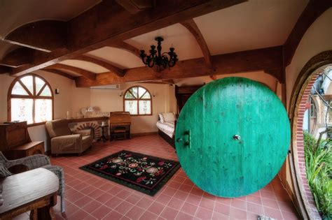 """14 Spectacular """"Hobbit Houses"""" You Can Actually Stay"""