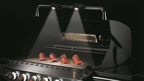 Weber Summit® S-470 Grill Out® Handle Light - YouTube